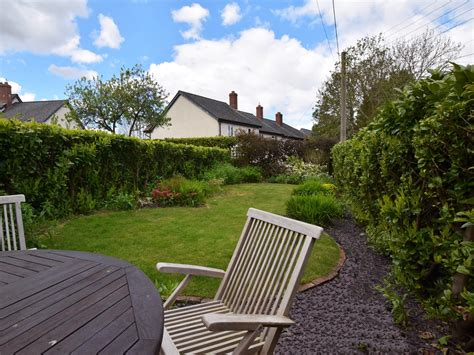 Cottages In Minehead by 2 Bedroom Cottage In Minehead Friendly Cottage In