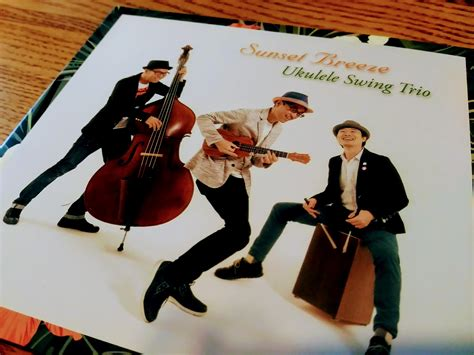 ukulele swing ukulele swing trio sunset breeze かどさんとウクレレ
