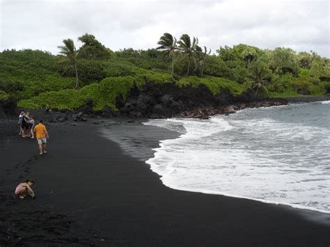 black sand game 5 reasons why black sand beaches rock