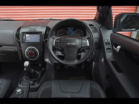 isuzu dmax interior 2016 isuzu d max interior youtube