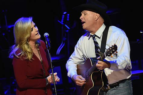top 28 garth and trisha duet garth brooks and trisha yearwood made music magic with garth