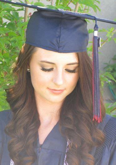 peinados  graduacion  toga  birrete mujer