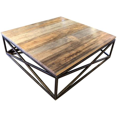 transitional maplewood criss cross design coffee table at