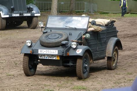 vw kubelwagen vw kubelwagen typ 82 picture of overloon war museum