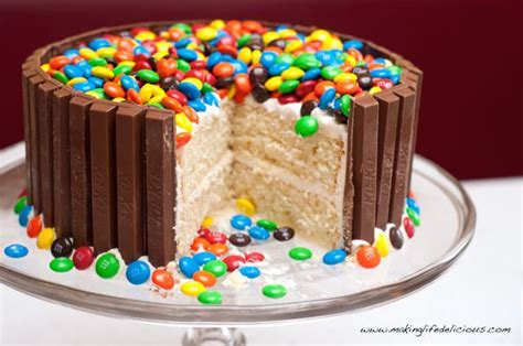 Handmade Birthday Cakes - 52 amazing birthday cake recipes for boys adults