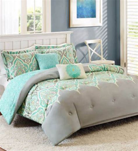 Better Homes And Garden Quilt Sets by Better Homes And Gardens Kashmir 5 Bedding Comforter