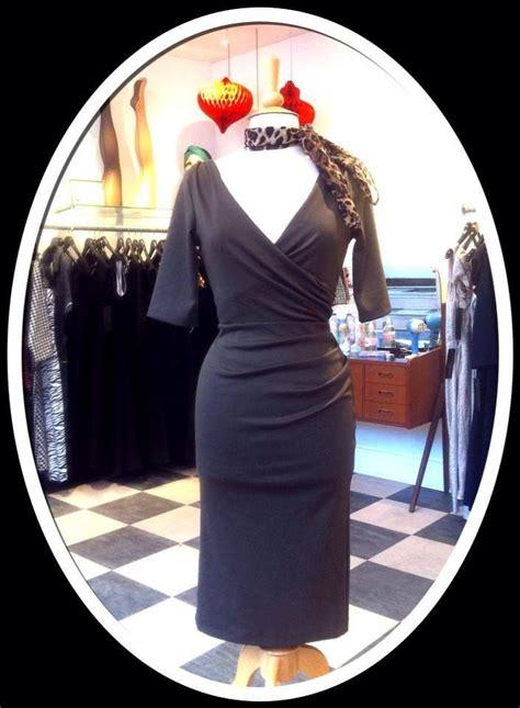 Kaos Serambier You Are Black 64 grey daydress from 20th century foxy