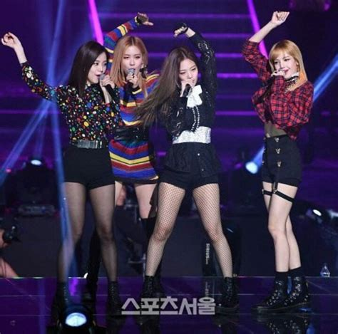 blackpink hq photos bts blackpink and mobb on 26th seoul music award k pop