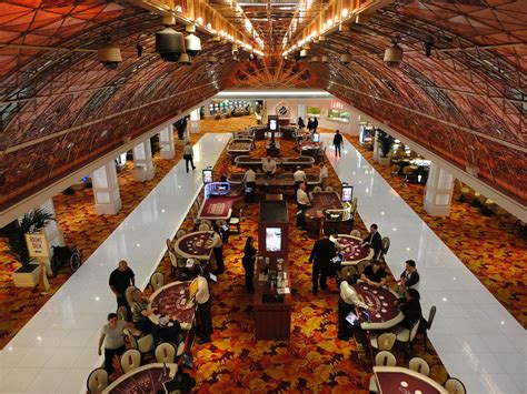 Casino Tables File Tropicana Las Vegas Casino Jpg Wikimedia Commons
