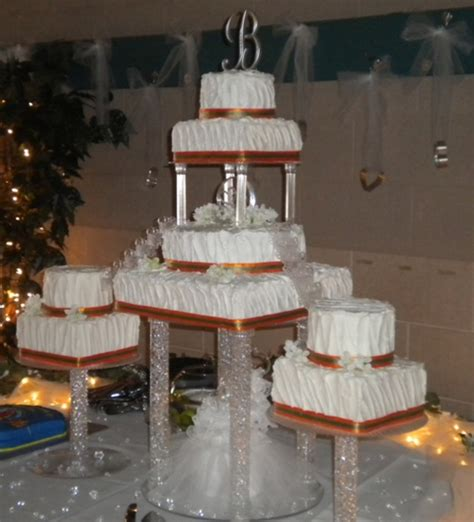 Wedding Cake Pillars by Wedding Cake With Pillars And Cakecentral