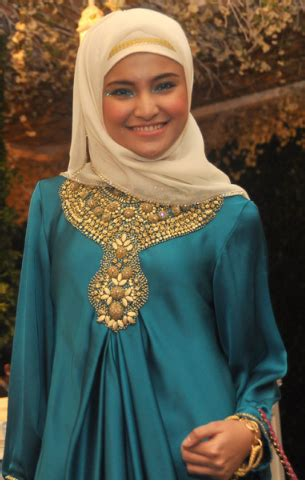 tutorial hijab pesta ala marshanda tutorial jilbab cara memakai jilbab ala marshanda