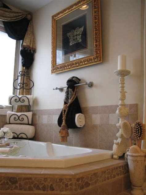 bathroom towel decorating ideas 1000 ideas about bathroom towel display on pinterest