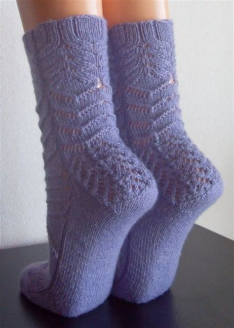 free sock knitting patterns 1000 images about knit socks on cable yarns