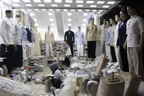 industri pakaian menjadi industri pertumbuhan