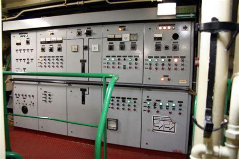 Switch Bor file angoumois engine room 7 switchboard jpg