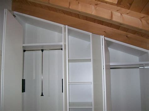 armadio sottotetto armadio per sottotetto cabina armadio sottotetto