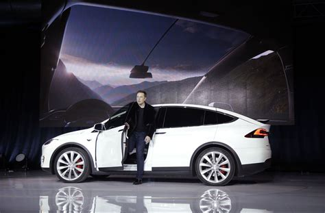 Tesla Model S Retail Price Tesla S Tipping Point The Clever Strategy To Drive