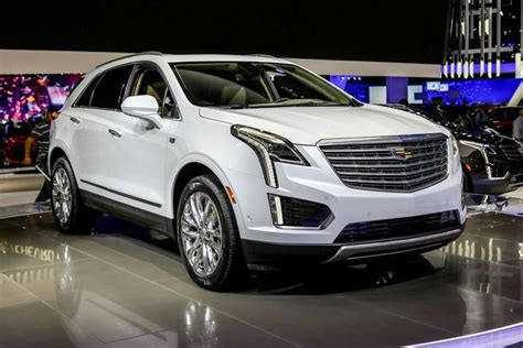 maker of cadillac 25 best ideas about cadillac srx on crossover