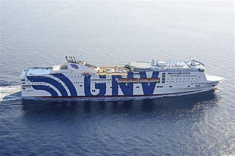 grandi navi veloci suprema grandi navi veloci ruefa bahn f 228 hren center