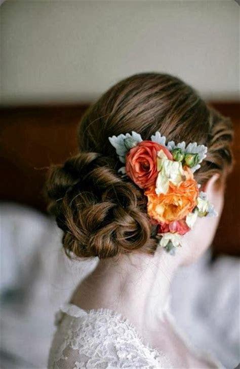 Wedding Hair Accessories Fresh Flowers by Dress Up Your Wedding Hairstyle With Fresh Flowers