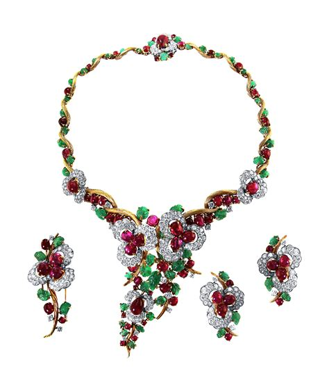 Vintage Jewelry Made New by Brief The New York Antique Jewelry Show Prepares