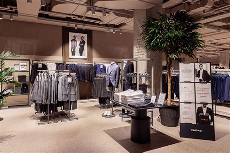 exclusive   hms revamped retail concept