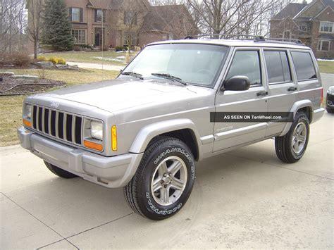 old jeep cherokee 2000 jeep cherokee classic sport utility 4 door 4 0l