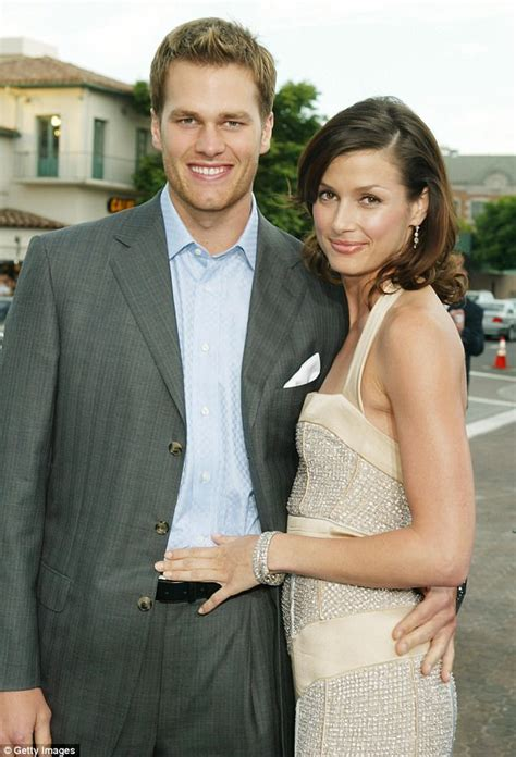 Moynahan Expecting Child With Ex Tom Brady by Tom Brady S Baby Bridget Moynahan Trolls Ex