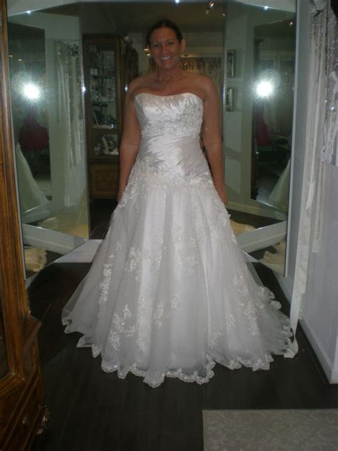 Wedding Dresses Size 14 by Size 14 16 In Wedding Dress Pictures Weddingbee