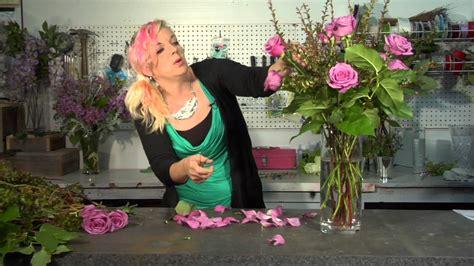 on arranging roses in a vase floral tips