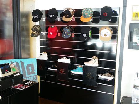 produzione arredamenti per negozi arredamento negozio abbigliamento arredo negozi vestiti
