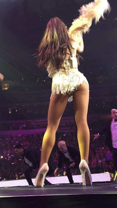 ariana grande sexy legs ariana grande i m going to be famous like her and use it