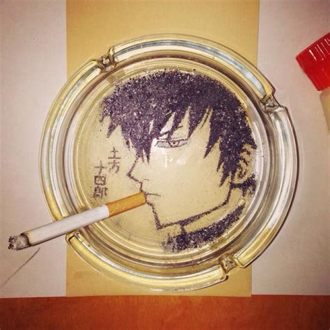 membuat karakter novel menggunakan rokok seniman ini membuat berbagai wajah