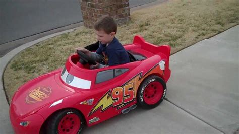 lighting mcqueen power wheels car lightning mcqueen power wheels little brother s first