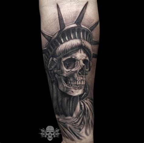 10 statue of liberty tattoo designs