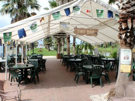 Hammock Restaurants outdoor seating in the back by the bar picture of black hammock restaurant oviedo tripadvisor