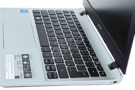 Laptop Acer Aspire E11 Terbaru notebook acer aspire e11 cool silver alza cz