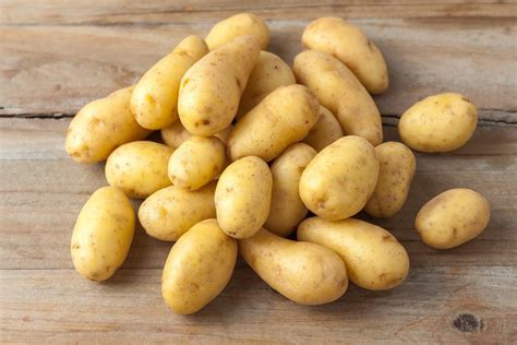 carbohydrates potatoes nutrition facts and how many carbs in potatoes