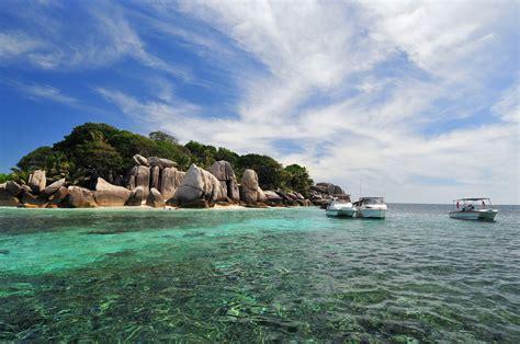 coco island booking com