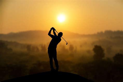 modern golf swing the modern golf swing center of gravity golf