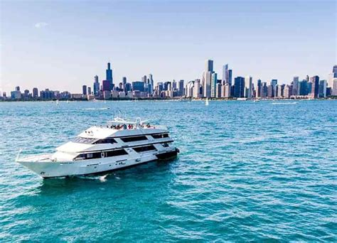 chicago boat charters chicago yacht charters party boat rental anita dee