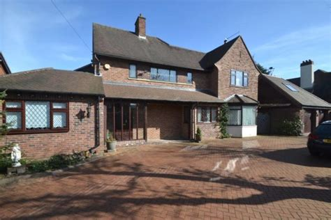 4 bedroom houses for sale 4 bedroom detached house for sale in the avenue ipswich ip1