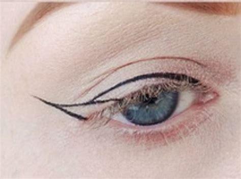 Cara Pakai Eye Liner how to do winged eyeliner diy