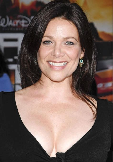 actress of salary actress meredith salenger all her information here her