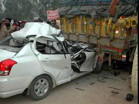 actress died car accident kannada tv actress died in car accident