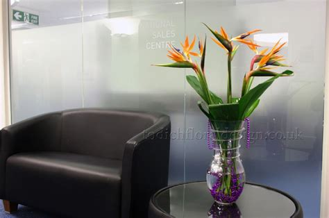 flowers for office desk office flowers gallery