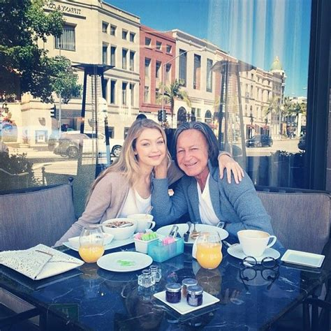 how old is mohamed hadid 17 meilleures id 233 es 224 propos de mohammed hadid sur