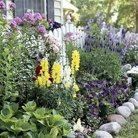 Cottage Style Flowers by So Many Great Layers The Picket Fence Layered Flower Bed