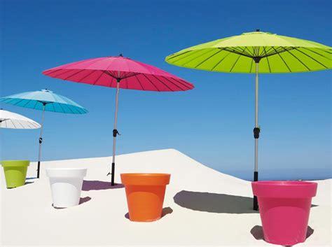 parasol jardin pas cher parasol pas cher un 233 t 233 sans se ruiner d 233 coration