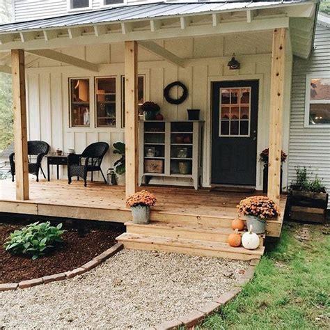 farm house ideas best 25 farmhouse landscaping ideas on